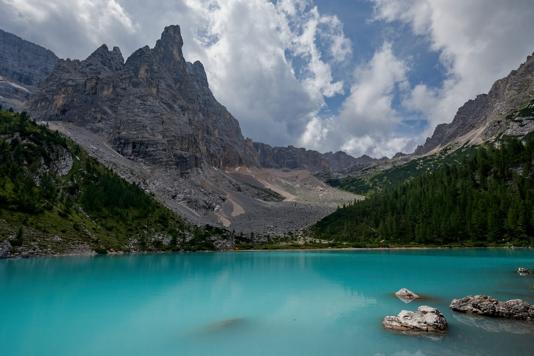 Sorapis Lake